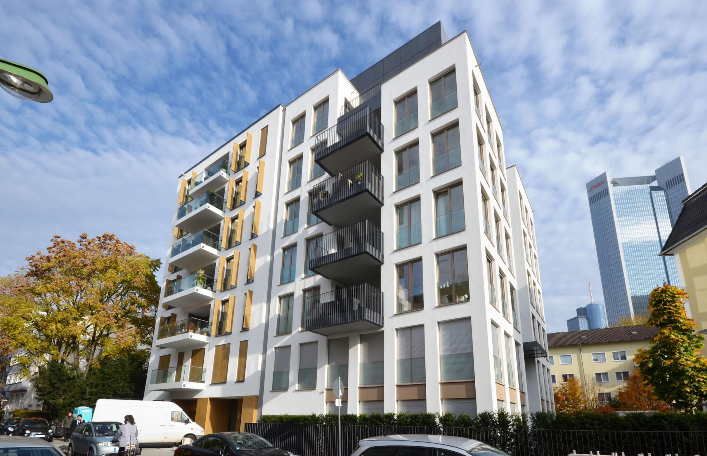 Damian Werner - Renovierung -Altbausanierung-Feuerbachstraße-8-Frankfurt-Umbau-zu-Wohnungen-SF